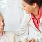 Kompetente 24 Stunden Pflegekraft aus Osteuropa