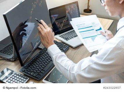 Investoren am Computer